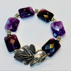 Jewelry - Amethyst natural stone grape leaf toggle silver